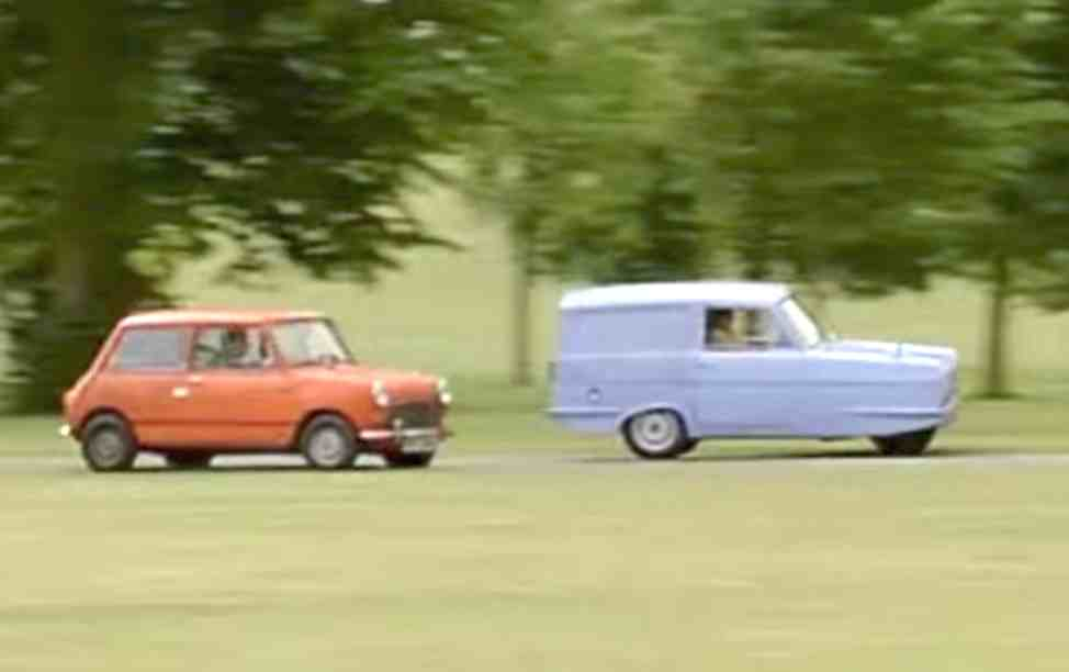 Mr beans car bean never appeared in his mini car in the return of mr bean this is one of two episodes in which his car failed to make an appearance solutioingenieria Images
